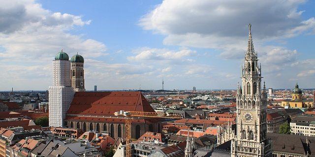Rechtsanwälte aus München beraten Unternehmen im nationalen und internationalen Wirtschaftsrecht